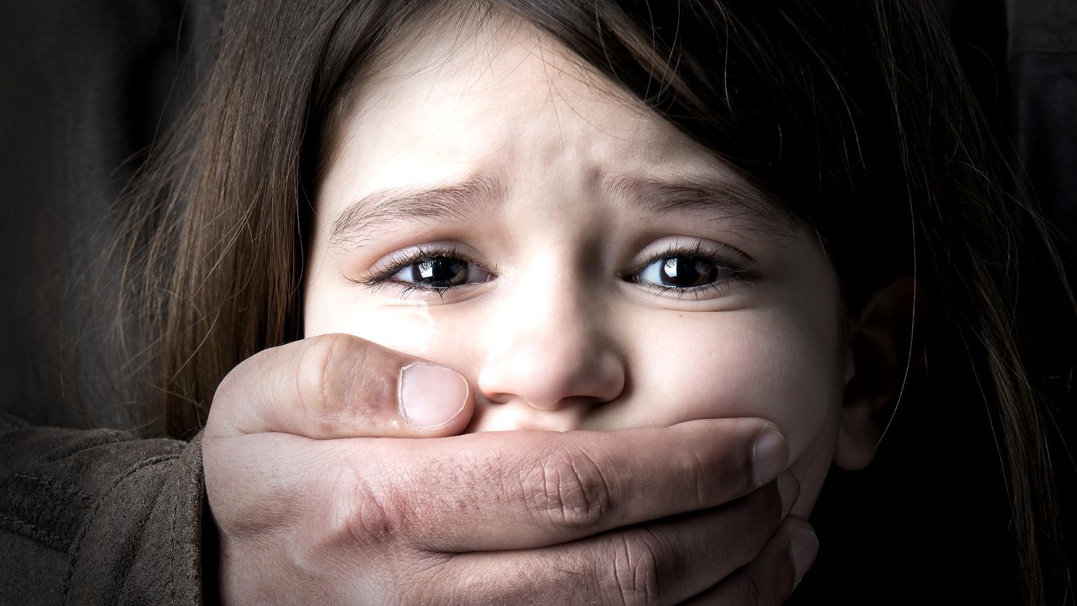 Rekaman CCTV Anak Diculik di Mal Tersebar, Ajari Si Kecil 7 Cara Menghindari Penculikan
